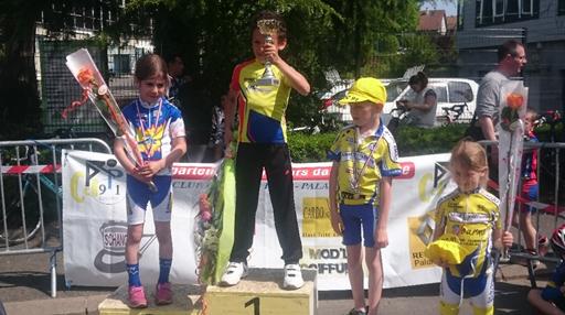 Lucie en Poussins - Course de Palaiseau du 8 mai 2016