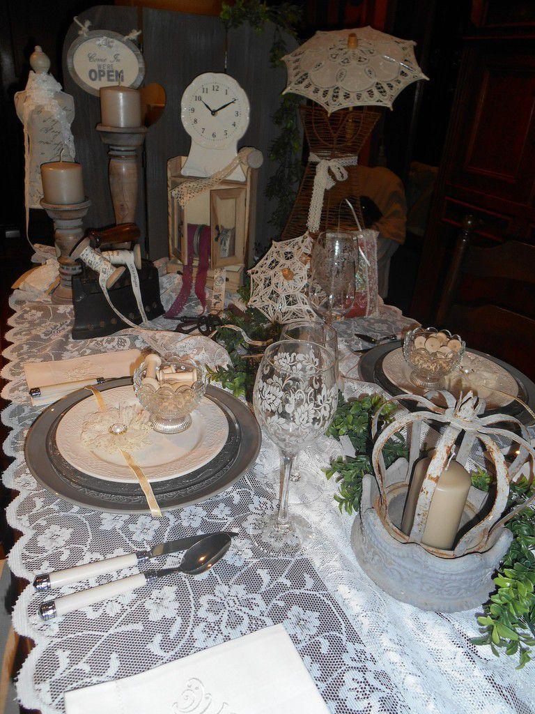 Table mercerie et dentelle d'autrefois