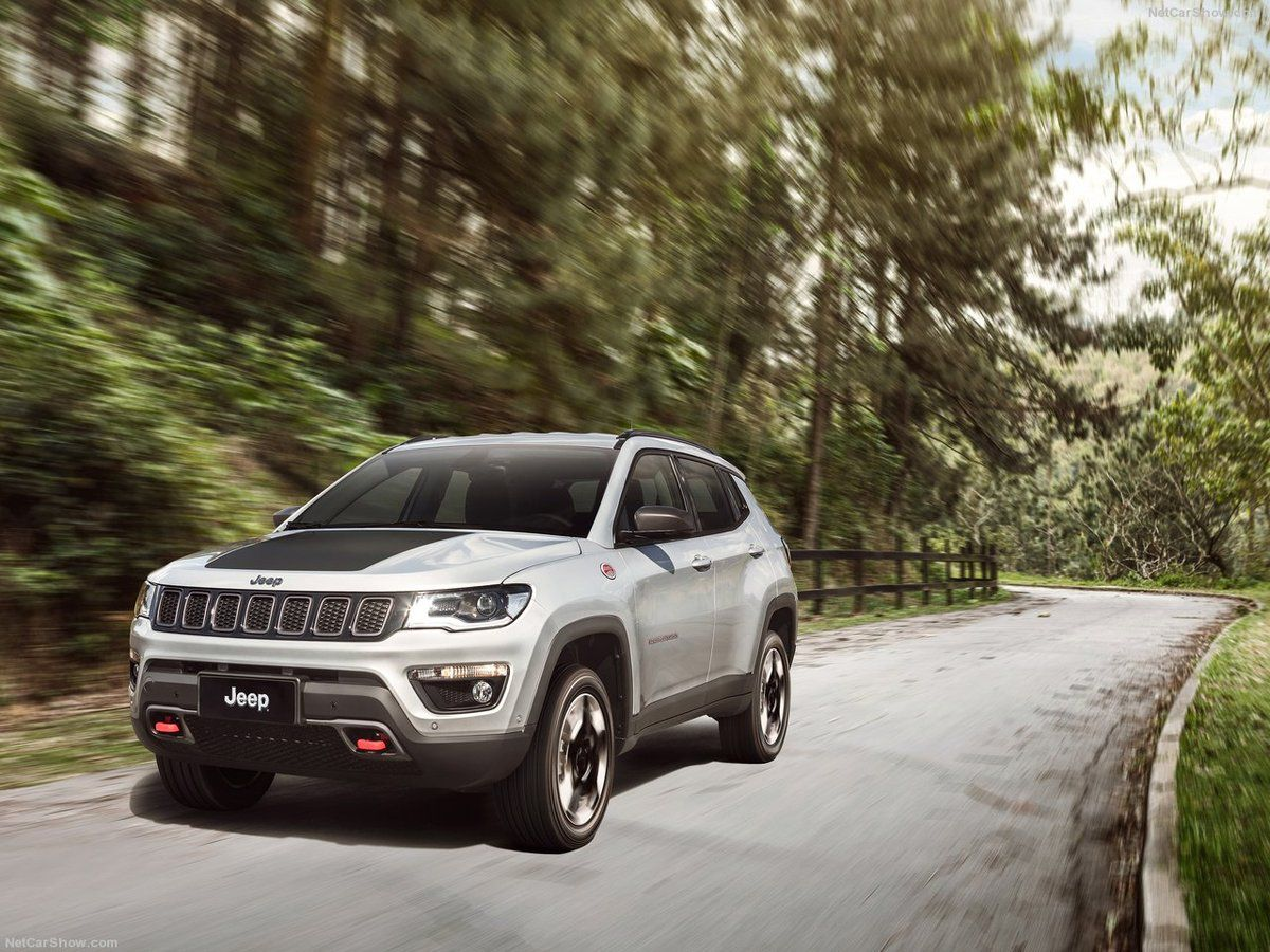 automobile le jeep compass 2017 la conqu te du monde newpubmarketing. Black Bedroom Furniture Sets. Home Design Ideas