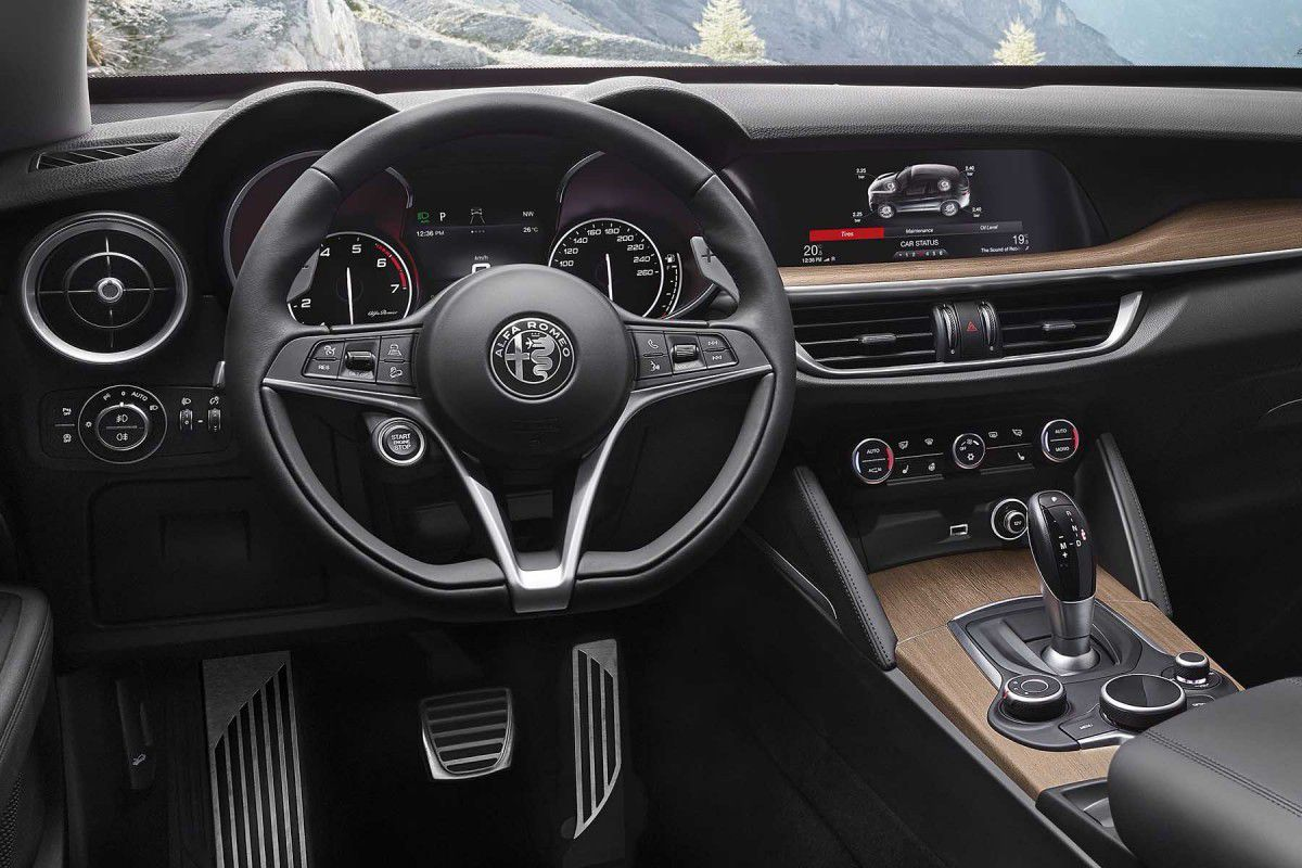 automobile alfa romeo suv stelvio le renouveau arrive en france newpubmarketing. Black Bedroom Furniture Sets. Home Design Ideas