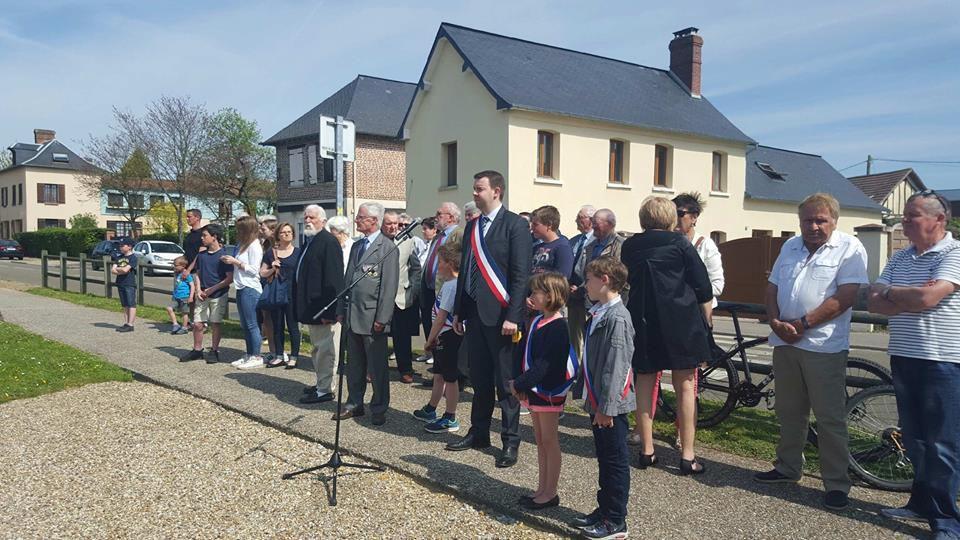 Commémoration du 8 mai à La Neuville Chant d'Oisel en 2016