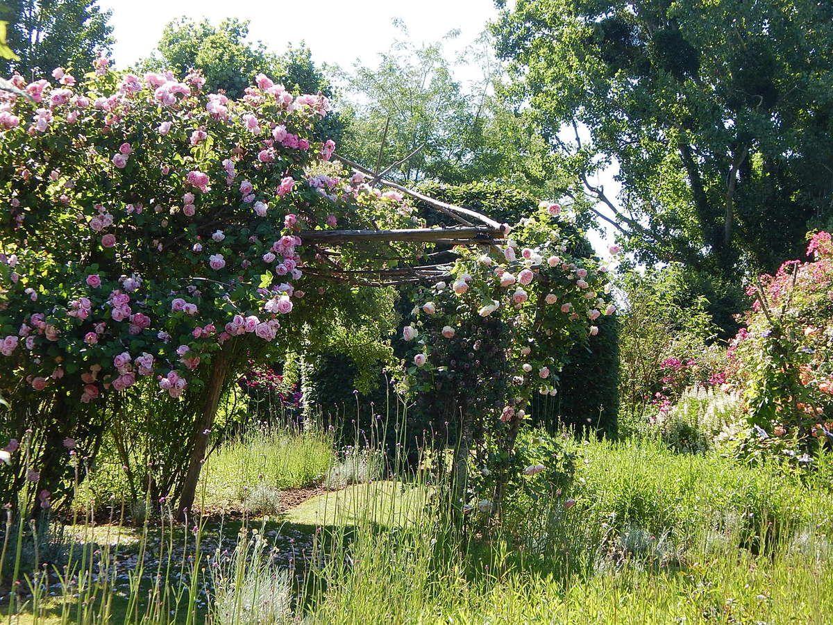 Honorine de Brabant au Jardin de Roquelin
