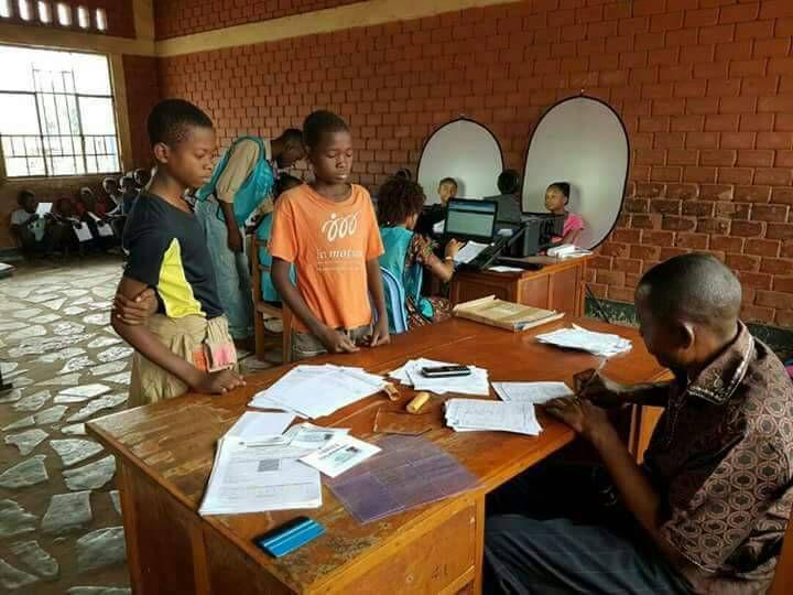 Flash, Flash, Flash l'Egorgeur National alias joseph kabila en preparation d'une fraude massive du referendum en vue