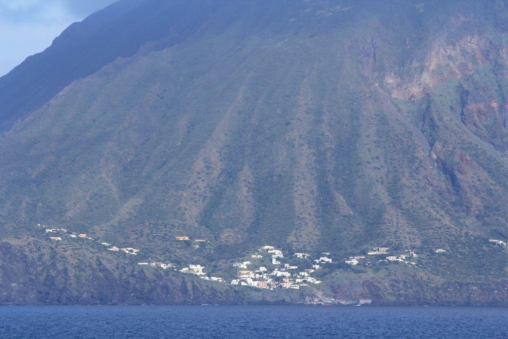 121 STROMBOLI - Mer Méditerranée