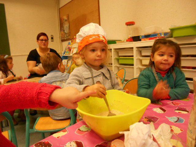 En octobre les chefs de cuisine étaient Inès et Camille qui ont réalisé un délicieux pain d'épices Allez on souffle! BON ANNIVERSAIRE les filles!