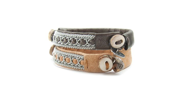 http://authentik-lapon.fr/e-shop/bracelets-de-laponie/