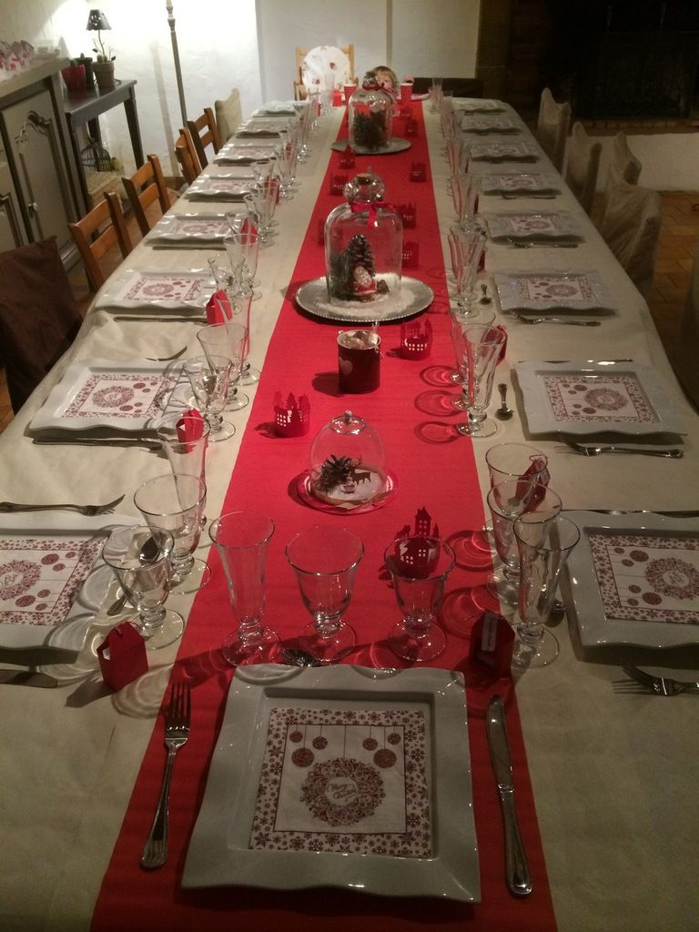 Table no l 2017 rouge et blanc le blog de for Tissu pour chemin de table