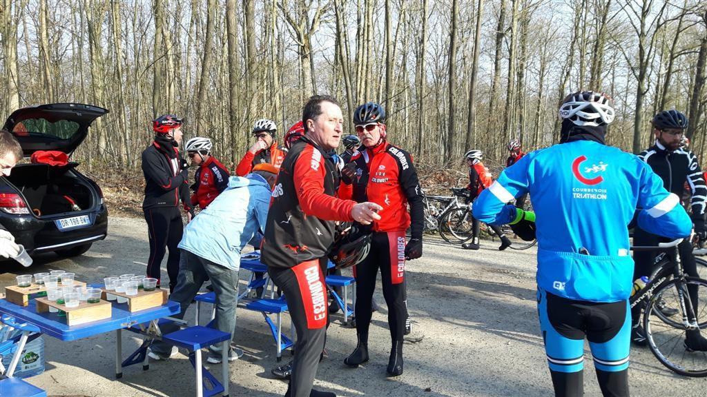 Photos copyright (c) Jean-Luc L. (ESN Cyclotourisme)