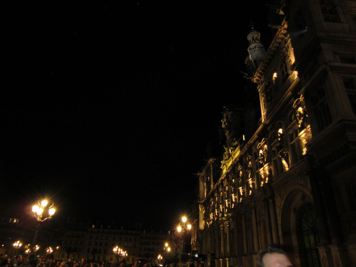Nuit Blanche à Paris: la culture accessible à tous sous le signe de la Cop21 (et de la décéption)