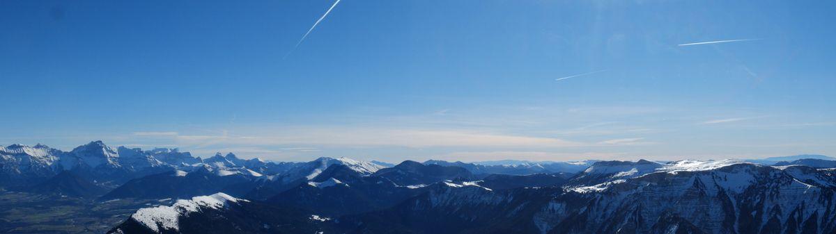 Sortie au sommet, panoramique, petite graine et descente jusqu'au rappel.