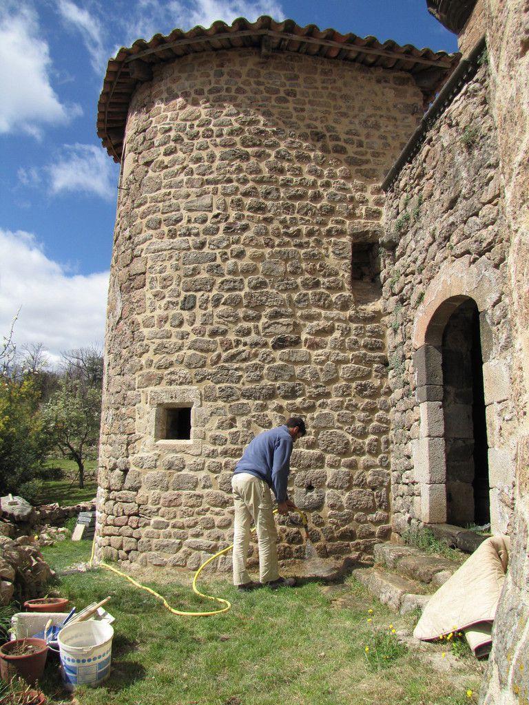 La charpente de la tour principale.