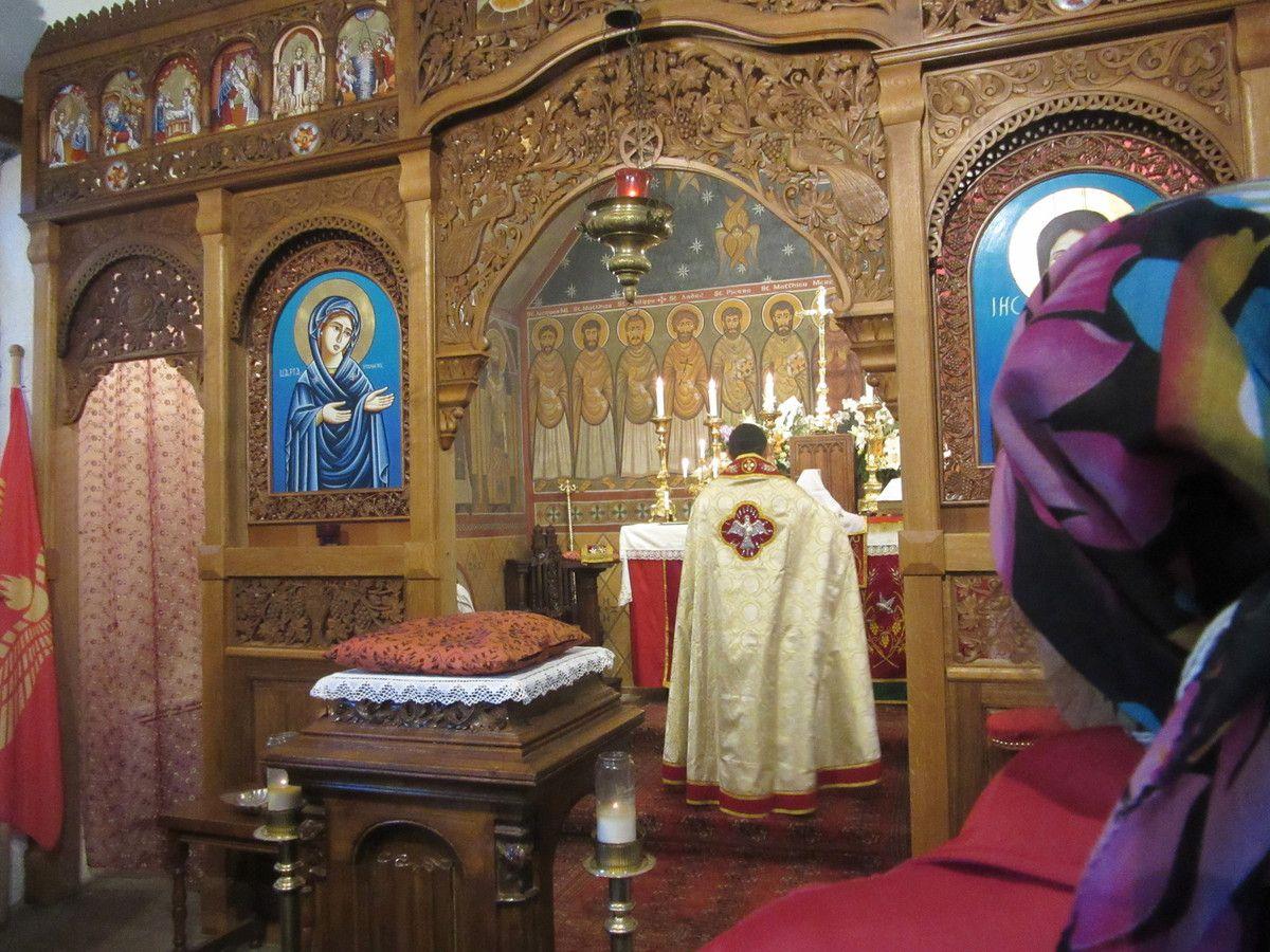 Photos souvenir d'une Messe d'Abouna Isaac avant deux Baptèmes