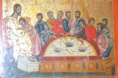 Le Seigneur est resté silencieux devant Pilate et Hérode. Il n'a pas tenté de Se justifier. Vous devriez imiter Son sage et saint silence lorsque vous voyez que vos ennemis vous accusent, avec ferme intention d'obtenir gain de cause : ils n'accusent que dans le but de cacher leurs propres mauvaises intentions sous le camouflage d'un jugement. (Par Saint Ignace Brianchaninov, Le Calice du Christ)
