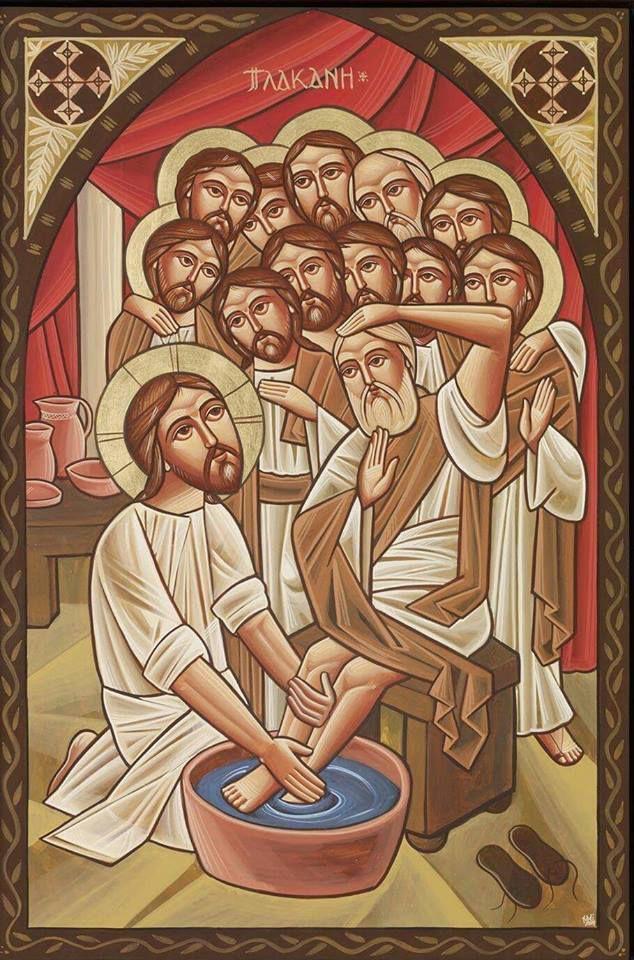 """""""Le Fils de l'homme enverra ses anges, et ils enlèveront de son Royaume toutes les causes de chute et ceux qui font le mal""""° Nous sommes le Corps du Christ°° pourtant un corps, sur terre, dont les membres s'entre-déchirent. Le ver est dans le fruit. Si le ver est dans le fruit c'est que le fruit ne tient pas en Christ. Pire le ver, cette vermine qui ronge la chair des cadavres, peut être un appât, mais alors il n'y a pas de bon fruit. La famille-humanité, un arbre mort ? """"Celui qui demeure en moi et en qui je demeure porte beaucoup de fruit, car sans moi vous ne pouvez rien faire"""" °°° ° Matt 13, 36-43 °° 1 Co 12-27 °°° Jn 15,1-8 / C'est comme une couleur de l'arc-en-ciel qui s'efface lorsque quelqu'un tourne les talons ; un prêtre qui s'en va, c'est un pas de Jésus qui s'éloigne. Miséricorde étant le maître mot entre chrétiens, je poursuis à rendre hommage. Imaginons autant de vocations que Christ reçut d'affronts, de coups et de tortures ; chaque prêtre acceptant de se charger qui d'un outrage, qui d'une souffrance, il en porterait durant sa vie le stigmate devant la très Sainte Trinité, martyr du poids de l'amour comme son Dieu, tribut du prix de l'amour comme son Dieu, entaillé d'une plaie de l'amour comme son Dieu. Mais trouvé inscrit sur le Livre de Vie.(Catherine CARON sur Facebook)"""