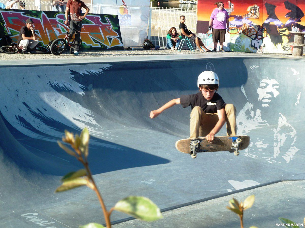 Bowl and surf festival : photos Skaters