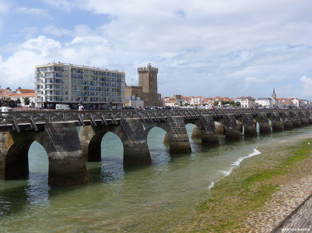 Départ pour la promenade en mer aux Sables d'Olonne