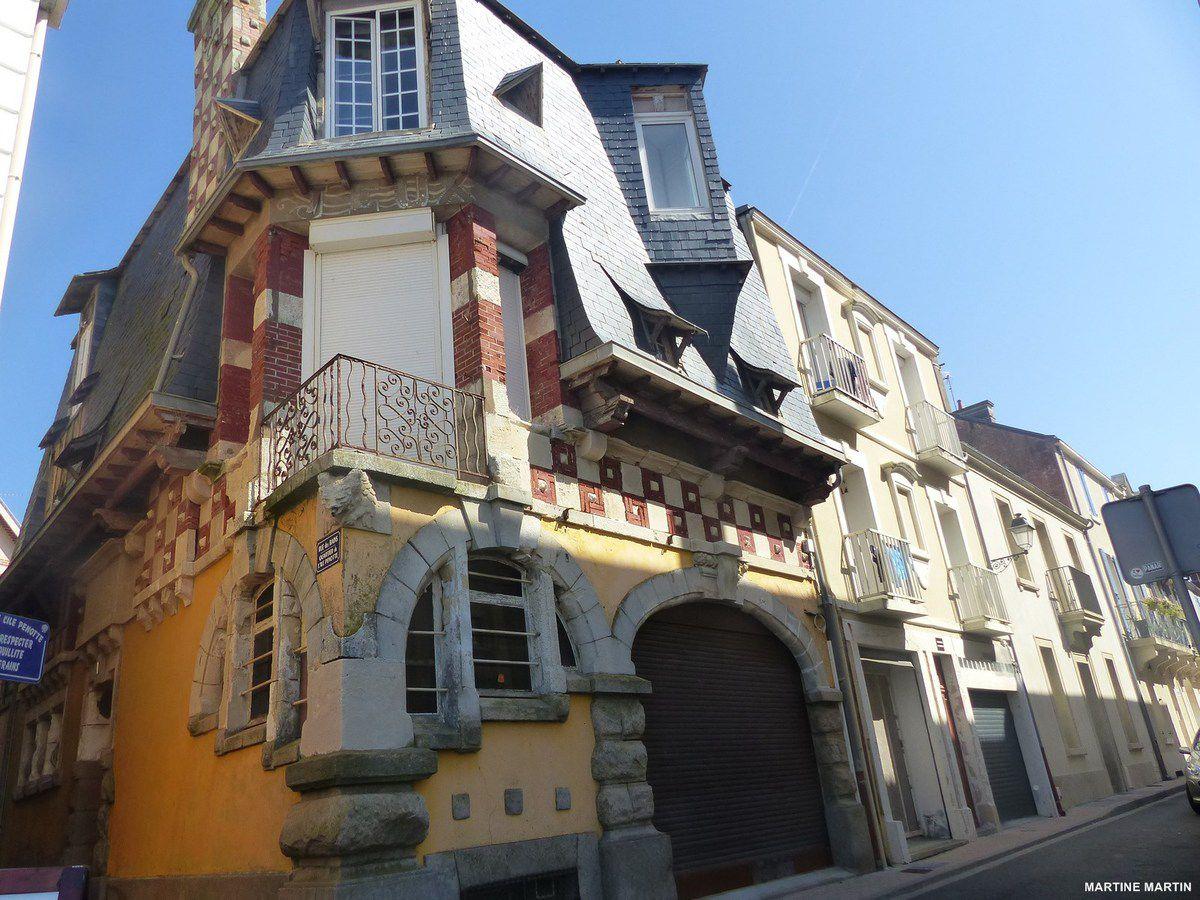 La maison jaune des Sables d'Olonne