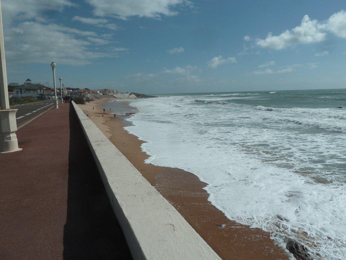 Grande marées et ses dégâts aux Sables d'Olonne