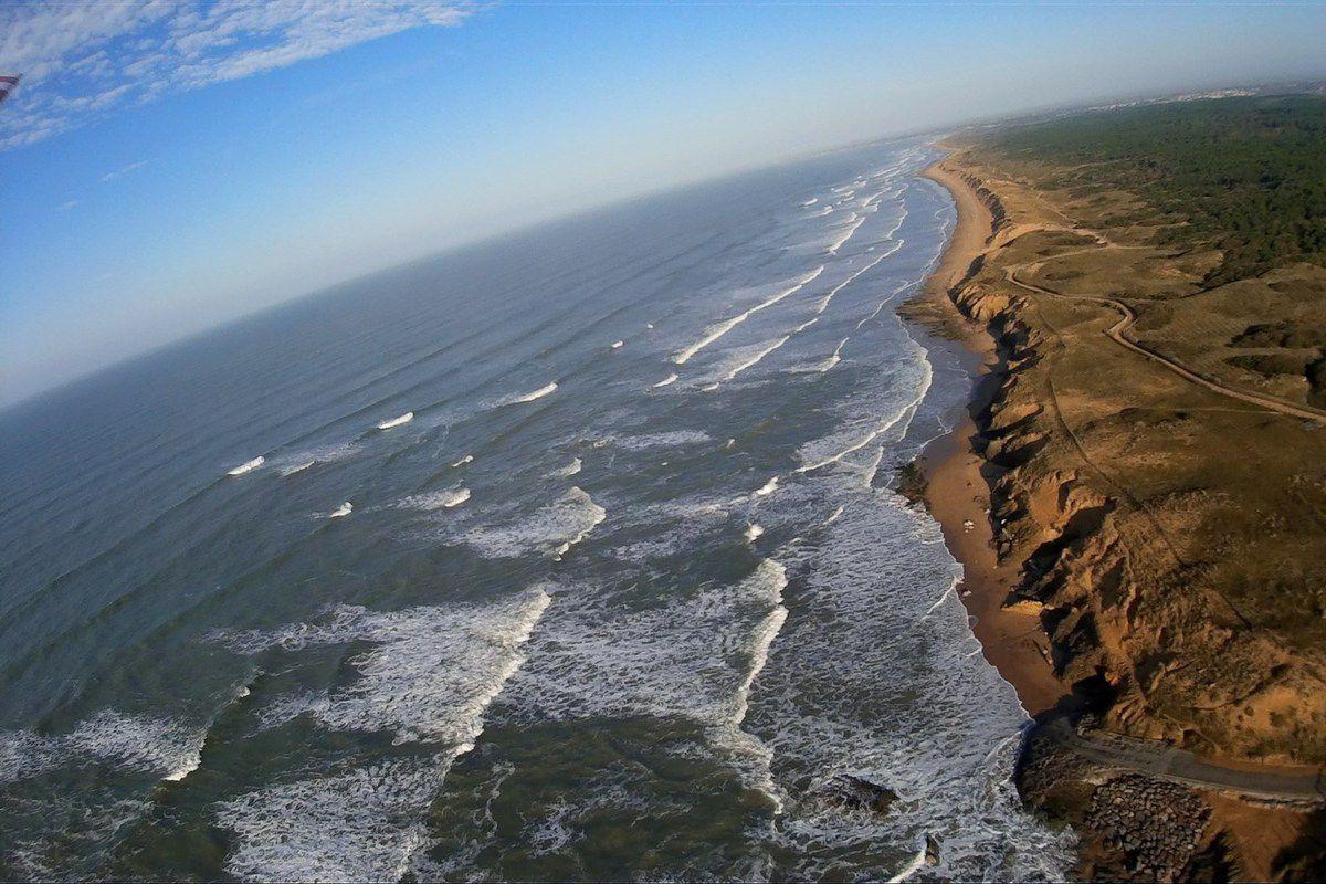 Vues aériennes de la dune de la plage de Sauveterre