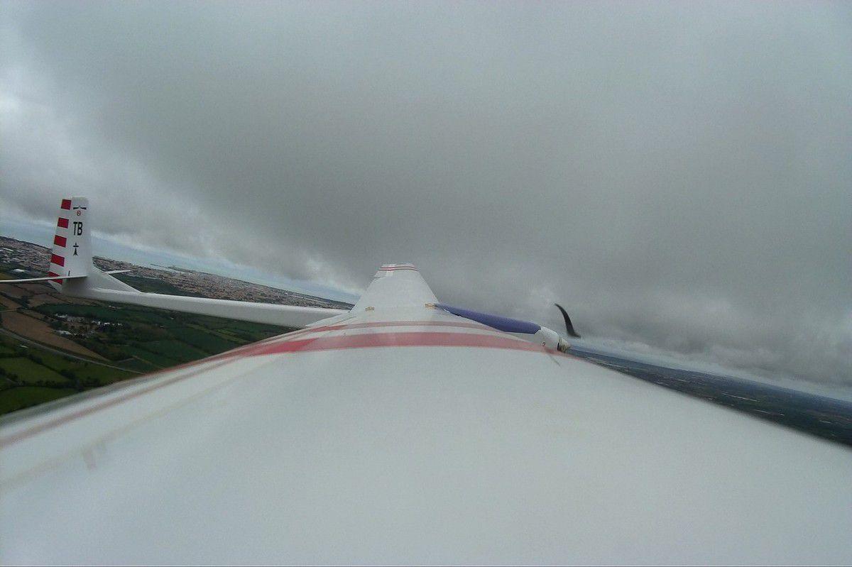 Voltige aérienne de moto-planeur au pays des Olonnes