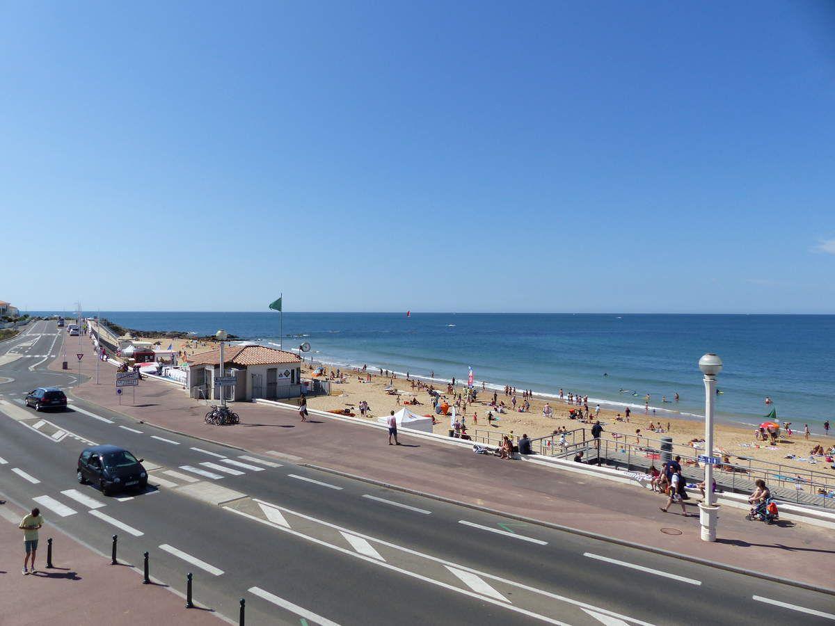 La plage du Tanchet au Château d'Olonne