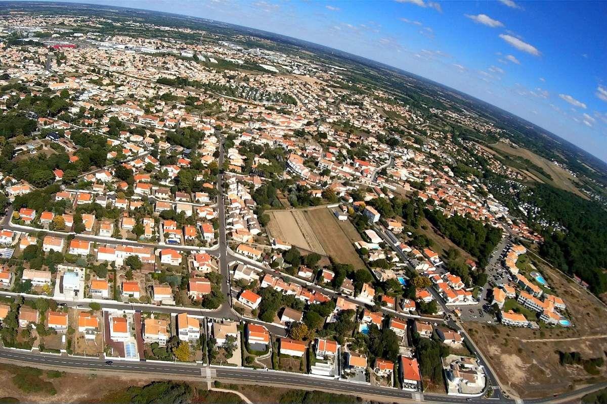 Château d'Olonne : Le quartier de la Pironnière vu du ciel