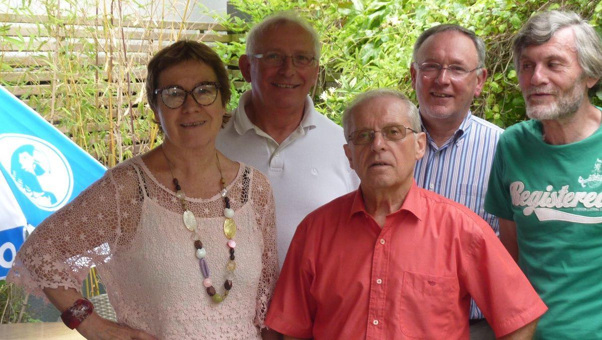 Autour de Michel Sorin (de gauche à droite) : Christine Meyer, Daniel Salé, Bruno Chevalier et Jean-François Lajeunesse (44)
