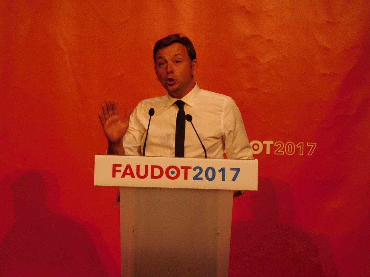 Bastien Faudot, le 24 septembre 2016 à Malakoff (92), présentant son projet pour la France