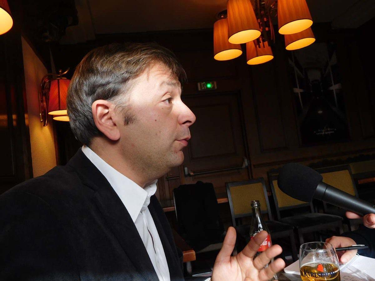 Bastien Faudot, répondant à la presse à Laval lors de sa journée en Mayenne le 8 novembre 2016