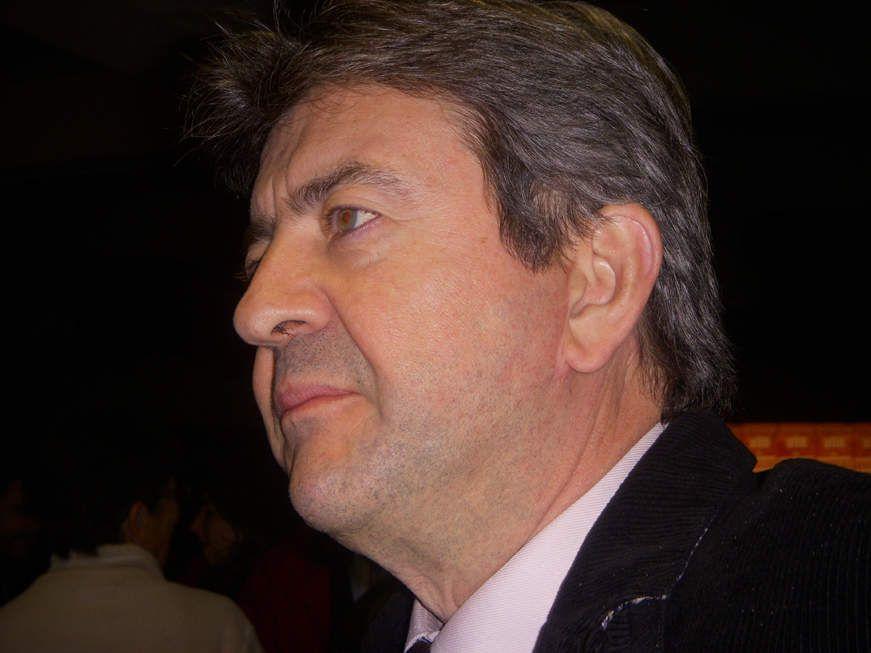 Jean-Luc Mélenchon, le 23 octobre 2008 à Laval (Mayenne). C'était deux semaines avant sa démission du PS
