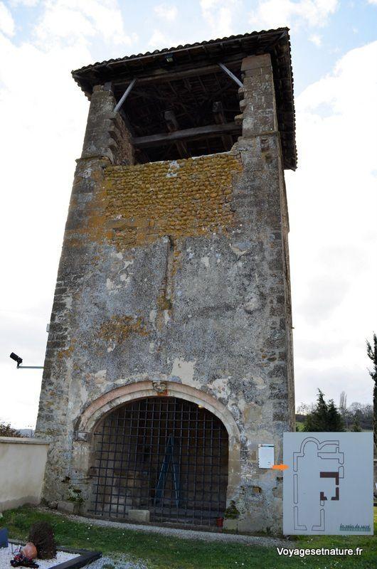 La tour-clocher de Crépol (26)