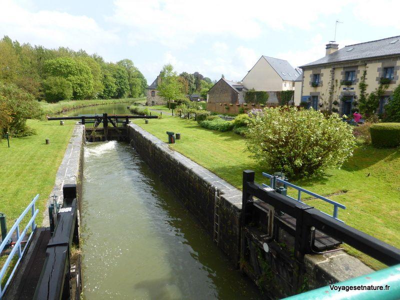 Canal de la Rance à Tinténiac, reliant Redon à Dinan (du sud au nord de la Bretagne)