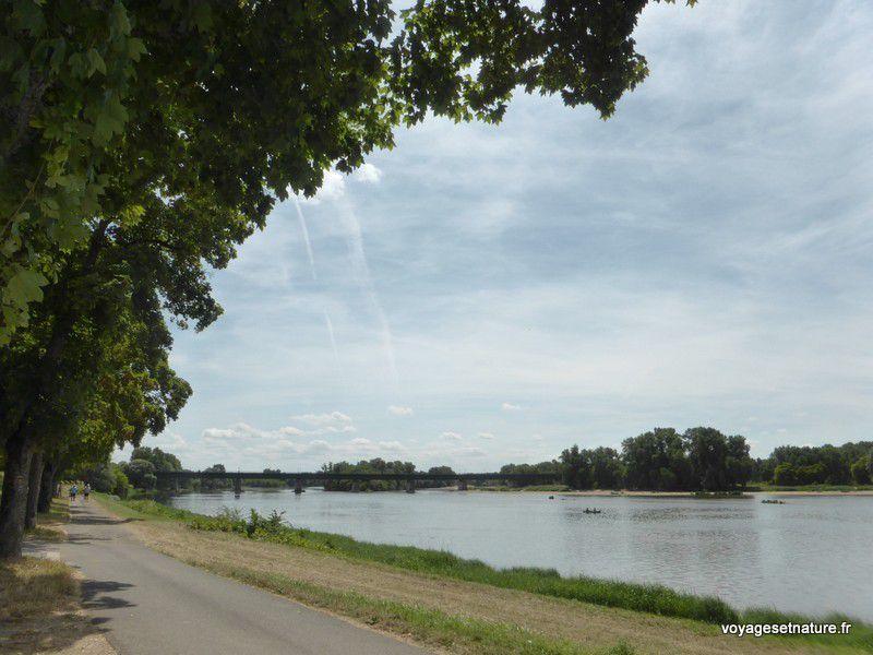 La Loire traversée par le pont-canal de Briare (13)