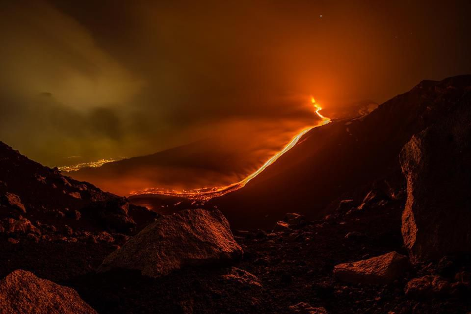 1 volcan-eruption-lave-5689