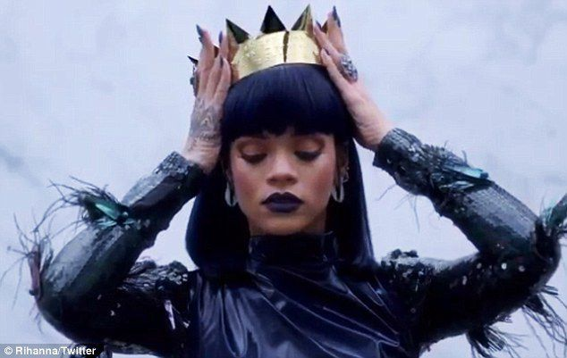 Rihanna - Goodnight Gotham