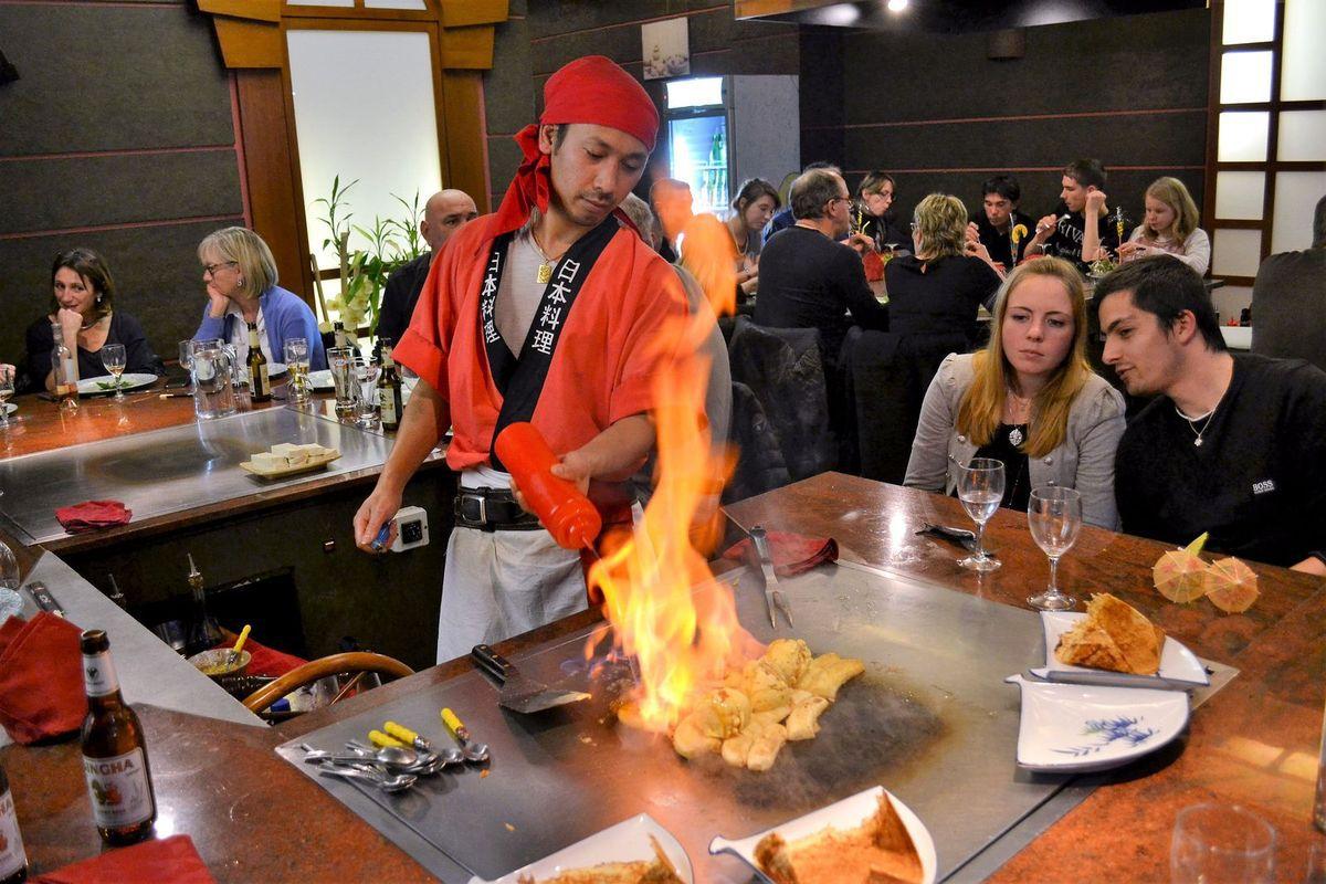 """Le restaurant """"Les Baguettes d'Or"""" à Saint-Etienne..."""