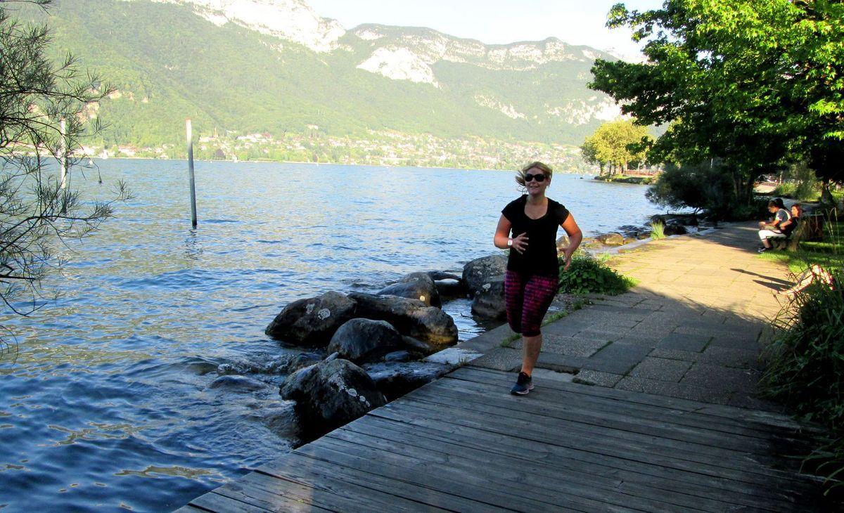 Petite séance running sur les bords du lac d'Annecy...