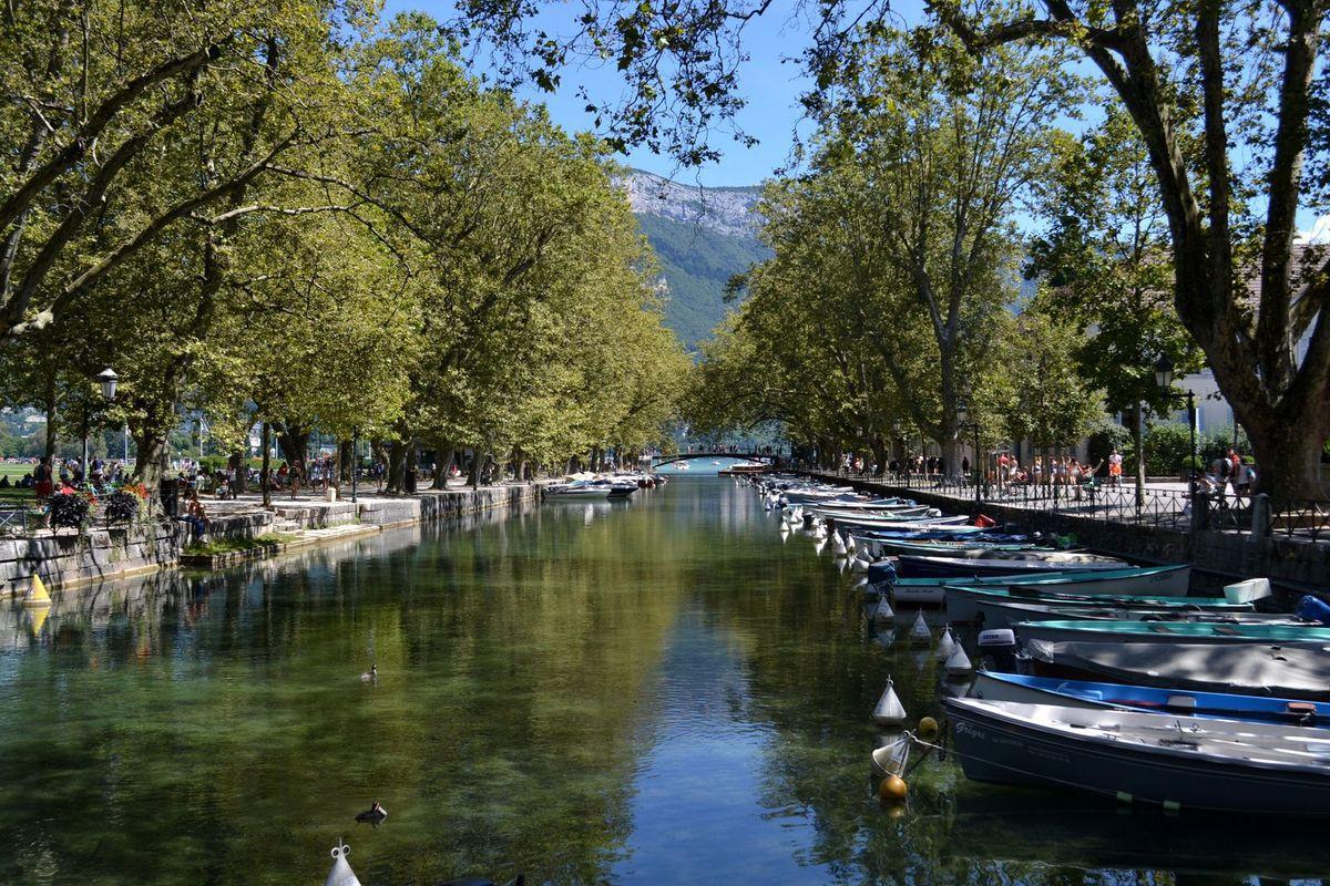 Le Canal du Vassé à Annecy...