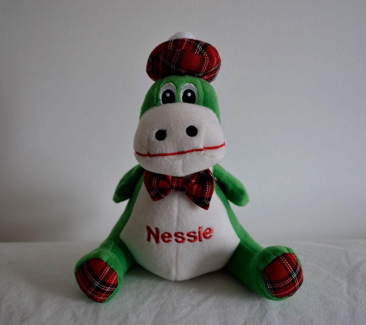 Voilà quelqu'un qui voulait vous faire un petit coucou!!! Hi Nessie!