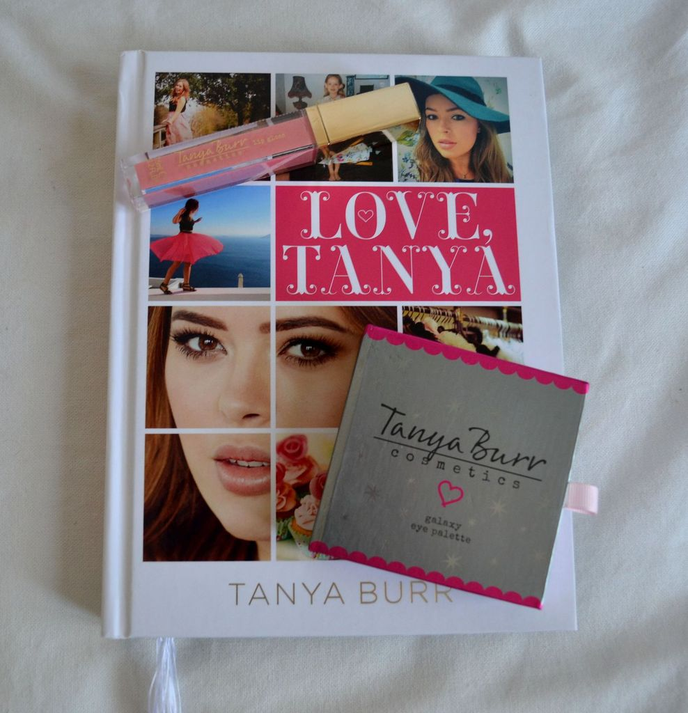 Galaxy Eye Palette et gloss Just Peachy de Tanya Burr...