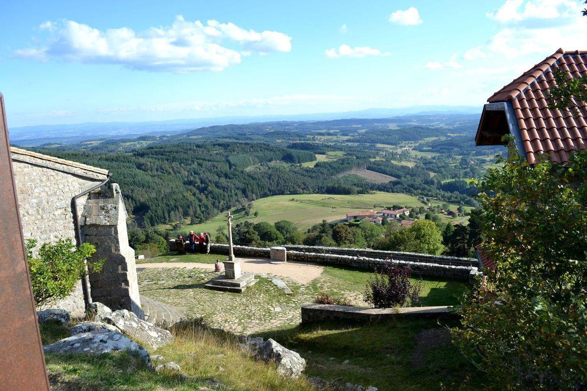 Arrivée à Montarcher et panorama superbe...