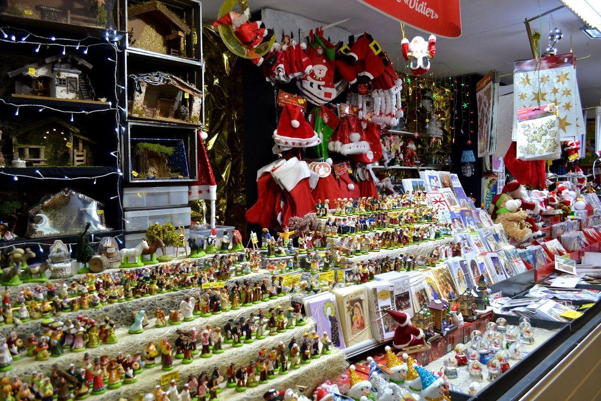 Le marché de Noël de Saint-Etienne, dans la Loire...