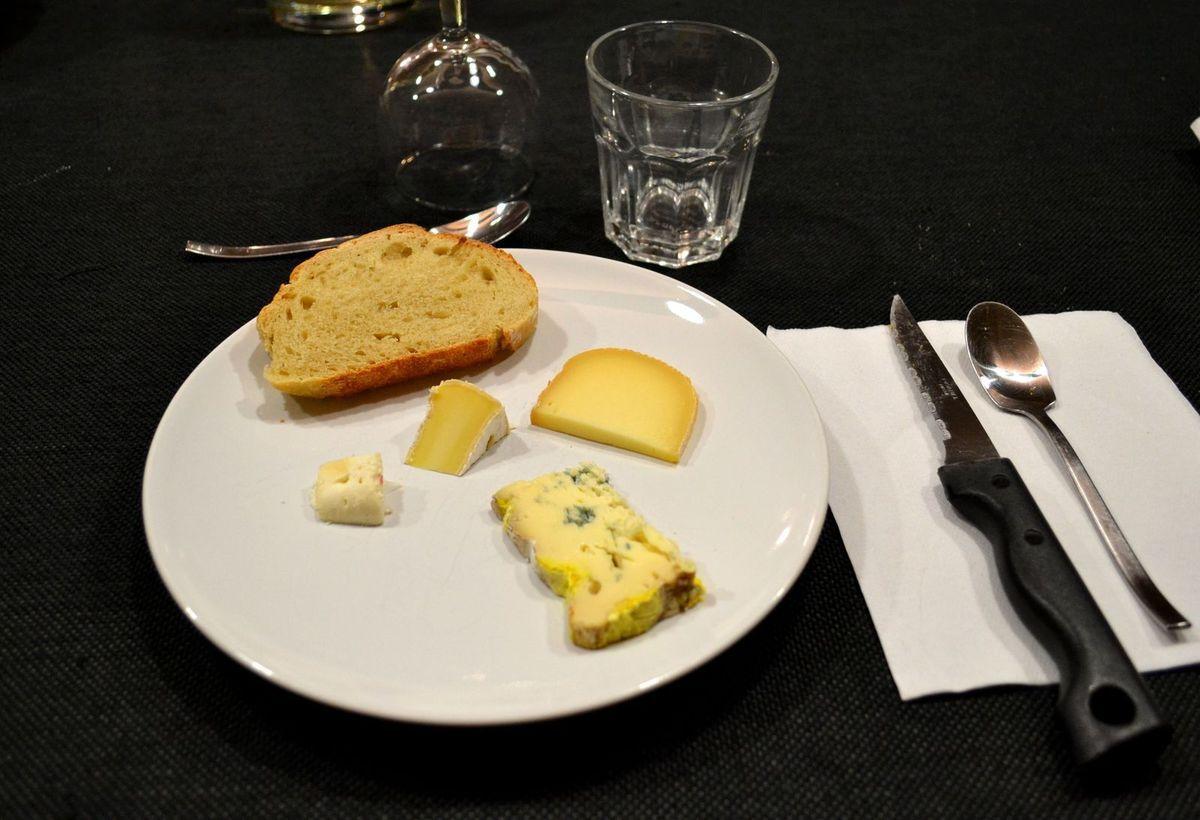 Notre dîner à la chambre d'hôtes L'arbrassous...