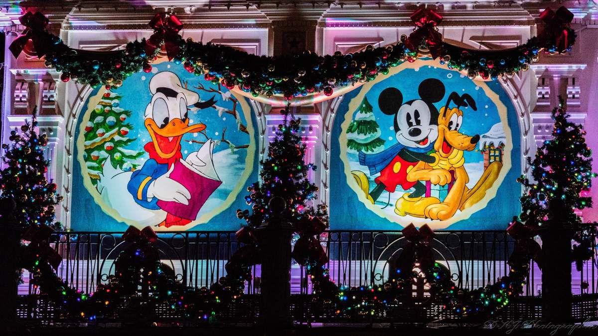 Disney Land Paris avec les décoration de Noel