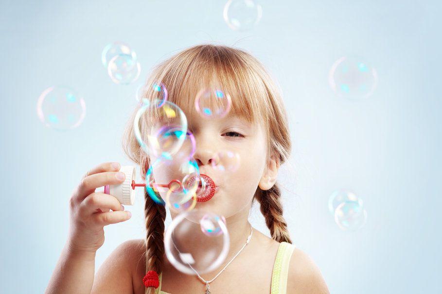 EXERCICES DE SOPHROLOGIE GRATUIT pour les enfants : les bulles de savon
