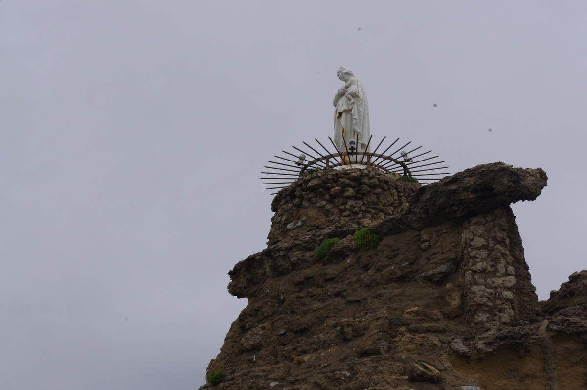 ...et la Vierge !