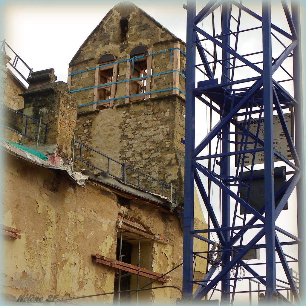 Travaux de réhabilitation du couvent des Carmes à Pertuis