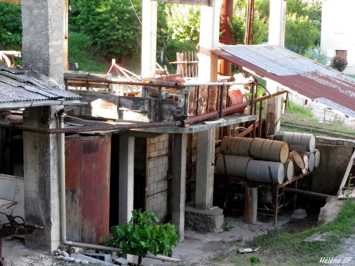 Une distillerie