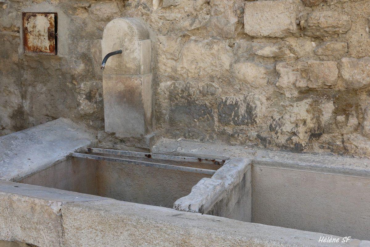 Au fil de l'eau, Pernes les Fontaines en photos