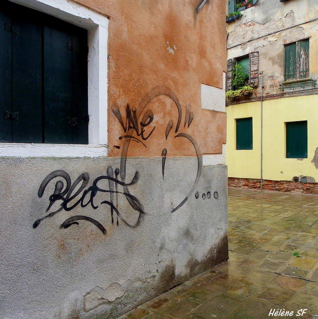 Venise en petits détails de charme, magnifique, même sous la pluie